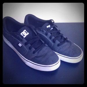 Men's DC Shoes Skate shoe size US10